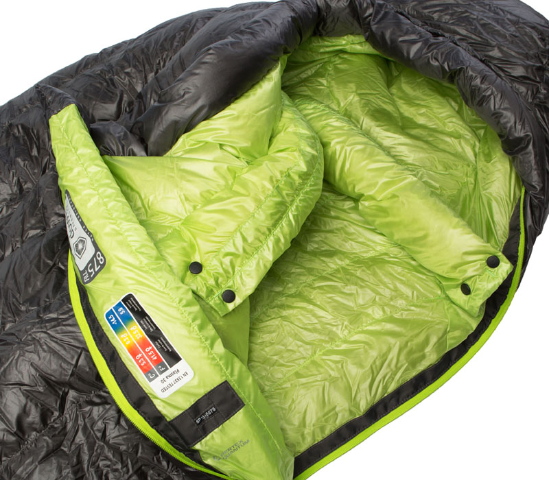 A draft tube and collar help keep chills out of your sleeping bag.